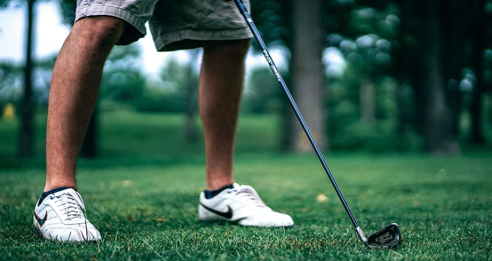 Side golf games can liven up your golf playing experience